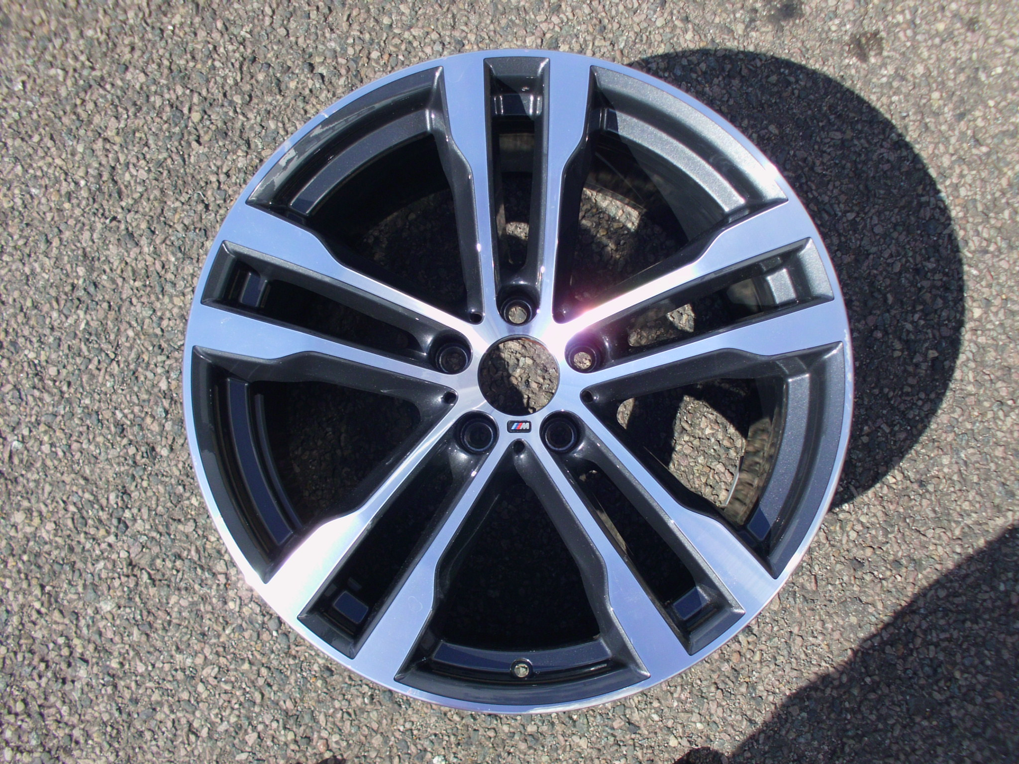 "USED SINGLE 20"" GENUINE BMW F15 X5, F16 X6 FRONT STYLE 468M ALLOY WHEEL,VGC"