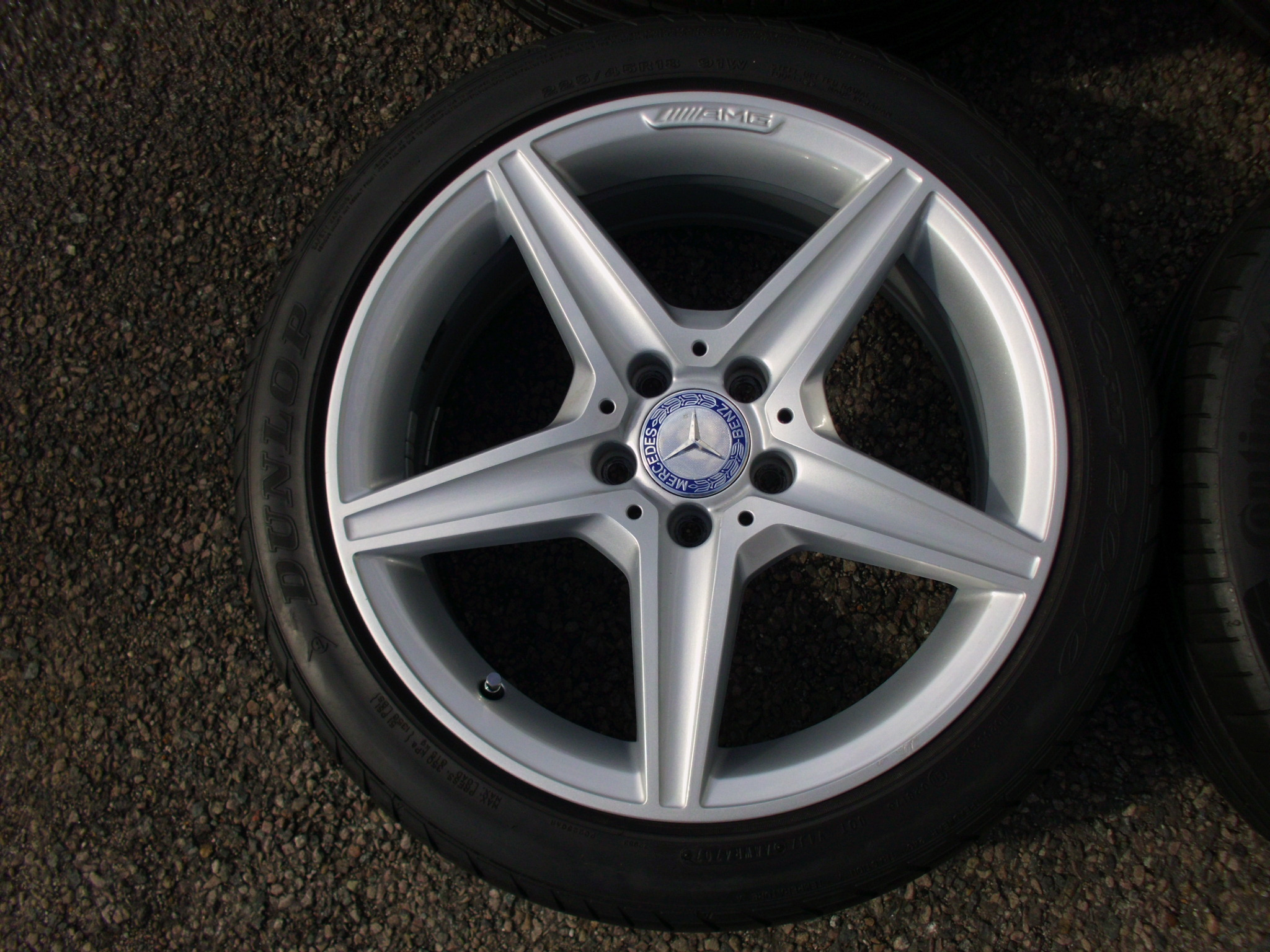 "USED 18"" GENUINE MERCEDES W205 C CLASS AMG 5 SPOKE ALLOYS,WIDER REARS,NEAR UNMARKED INC GOOD TYRES"
