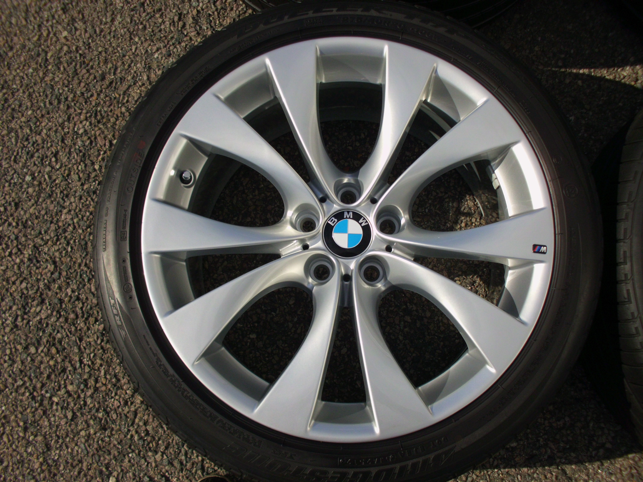 "USED 20"" GENUINE STYLE 227M E70 X5/X6 U SPOKE SPORT ALLOYS, FULLY REFURBED, 11"" REAR, INC GOOD RUNFLAT'S"
