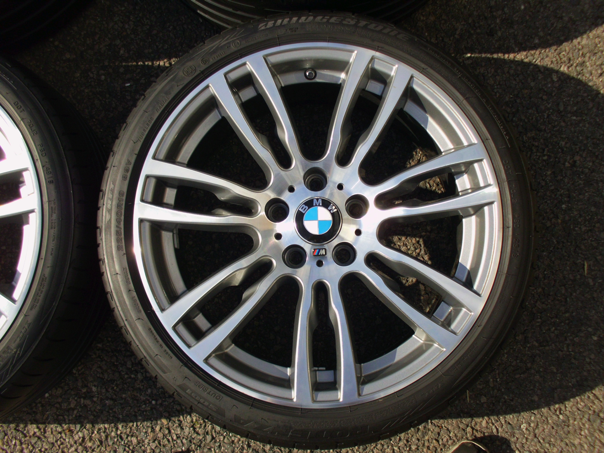 "USED 19"" GENUINE STYLE 403 F30/31 M DOUBLE SPOKE ALLOYS WHEELS, RECENT REFURB INC GOOD BRIDEGSTONE RUNFLAT TYRES"