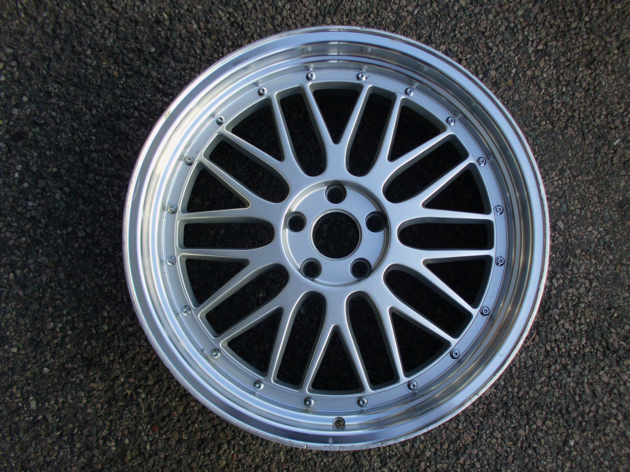 "USED SINGLE 20"" LM STYLE ALLOY WHEEL, 5X112 8.5"" ET35 , IDEAL SPARE"
