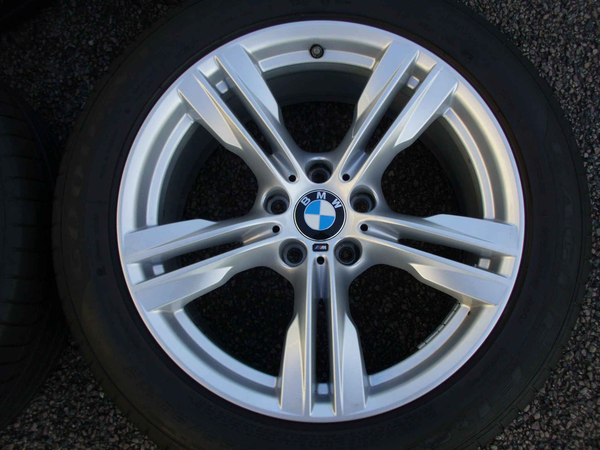 "USED 19"" GENUINE STYLE 467M F15 X5 SPORT ALLOY WHEELS,VGC ,WIDE REAR INC VG GOODYEAR RUNFLAT TYRES + TPMS"