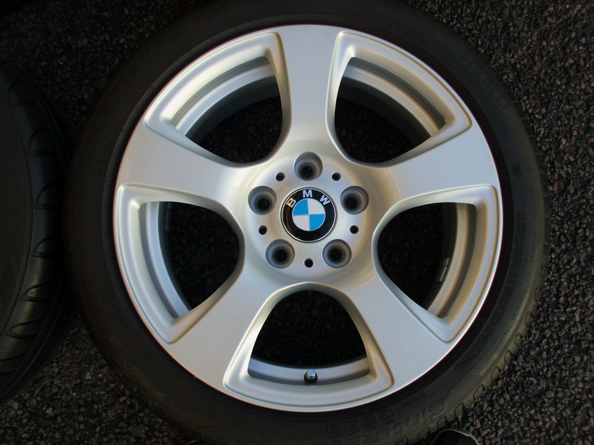 "USED 17"" GENUINE BMW STYLE 157 E92 5 SPOKE ALLOY WHEELS, FULLY REFURBED INC RUNFLAT TYRES"