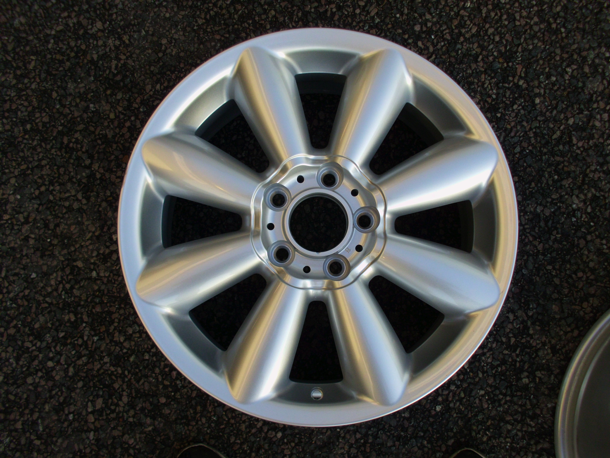 "NEW SINGLE 18"" GENUINE MINI COUNTRYMAN/PACEMAN STYLE R126 TURBO FAN ALLOY WHEEL, EX DISPLAY NEVER USED"