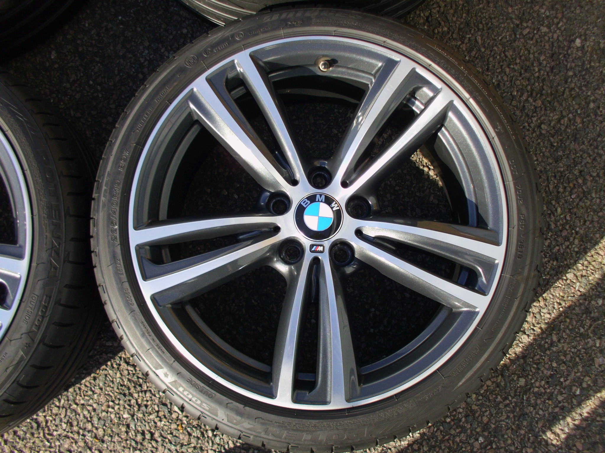 "USED 19"" GENUINE STYLE 442 F30/31 M DOUBLE SPOKE ALLOY WHEELS, VERY GOOD CONDITION INC VG BRIDGESTONE RUNFLATS AND TPMS"