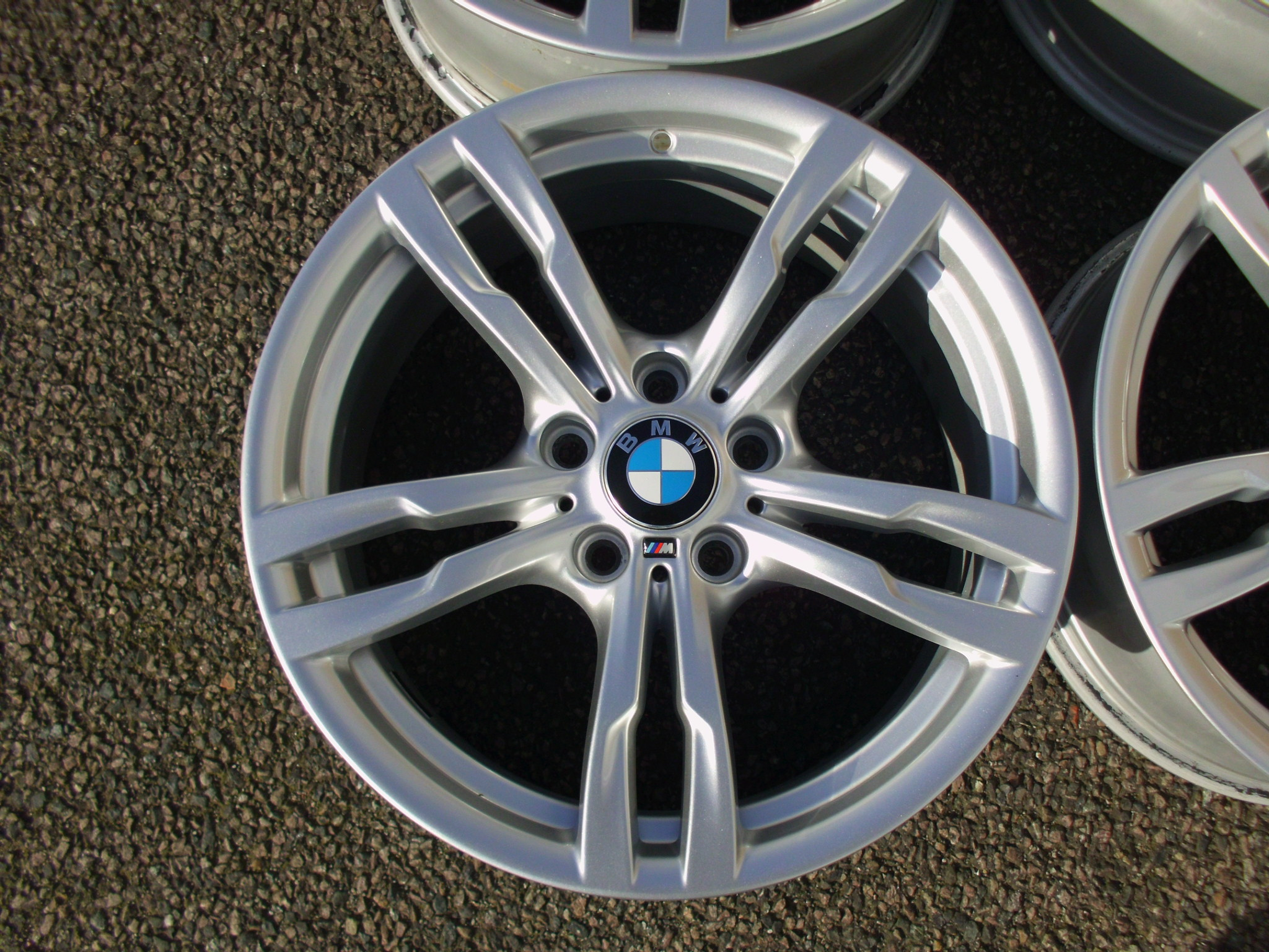 "USED 18"" GENUINE STYLE 441 M SPORT ALLOYS,WIDER REARS,VGC CONDITION"
