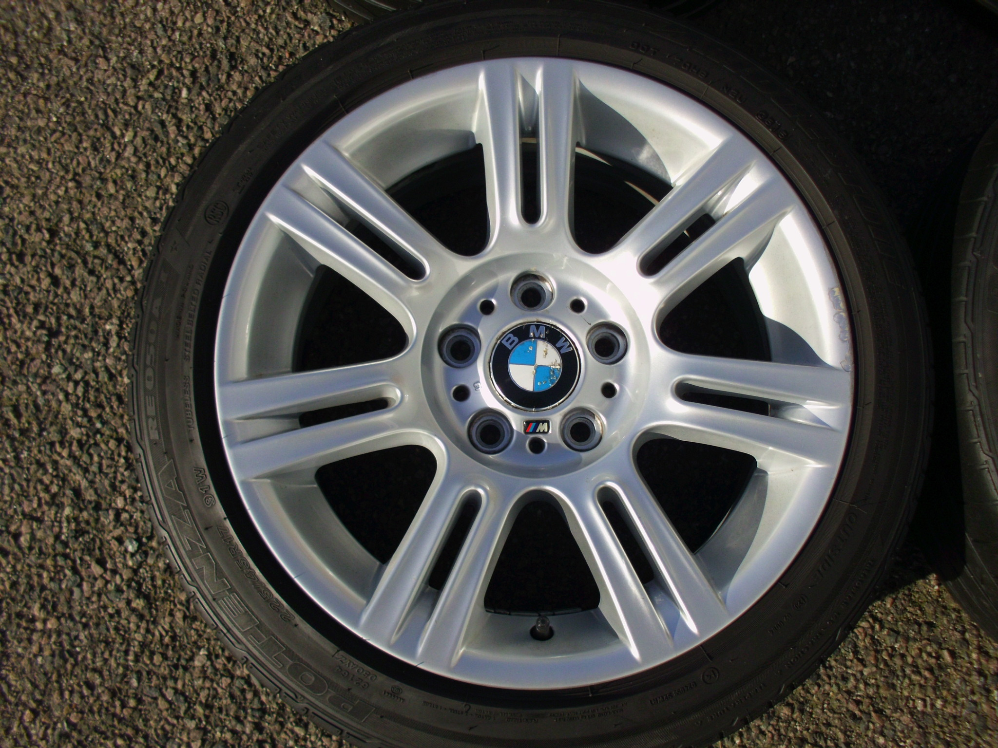 "USED 17"" GENUINE BMW STYLE 194 E9X SPORT ALLOY WHEELS, WIDE REAR INC BRIDGESTONE RUNFLAT TYRES"
