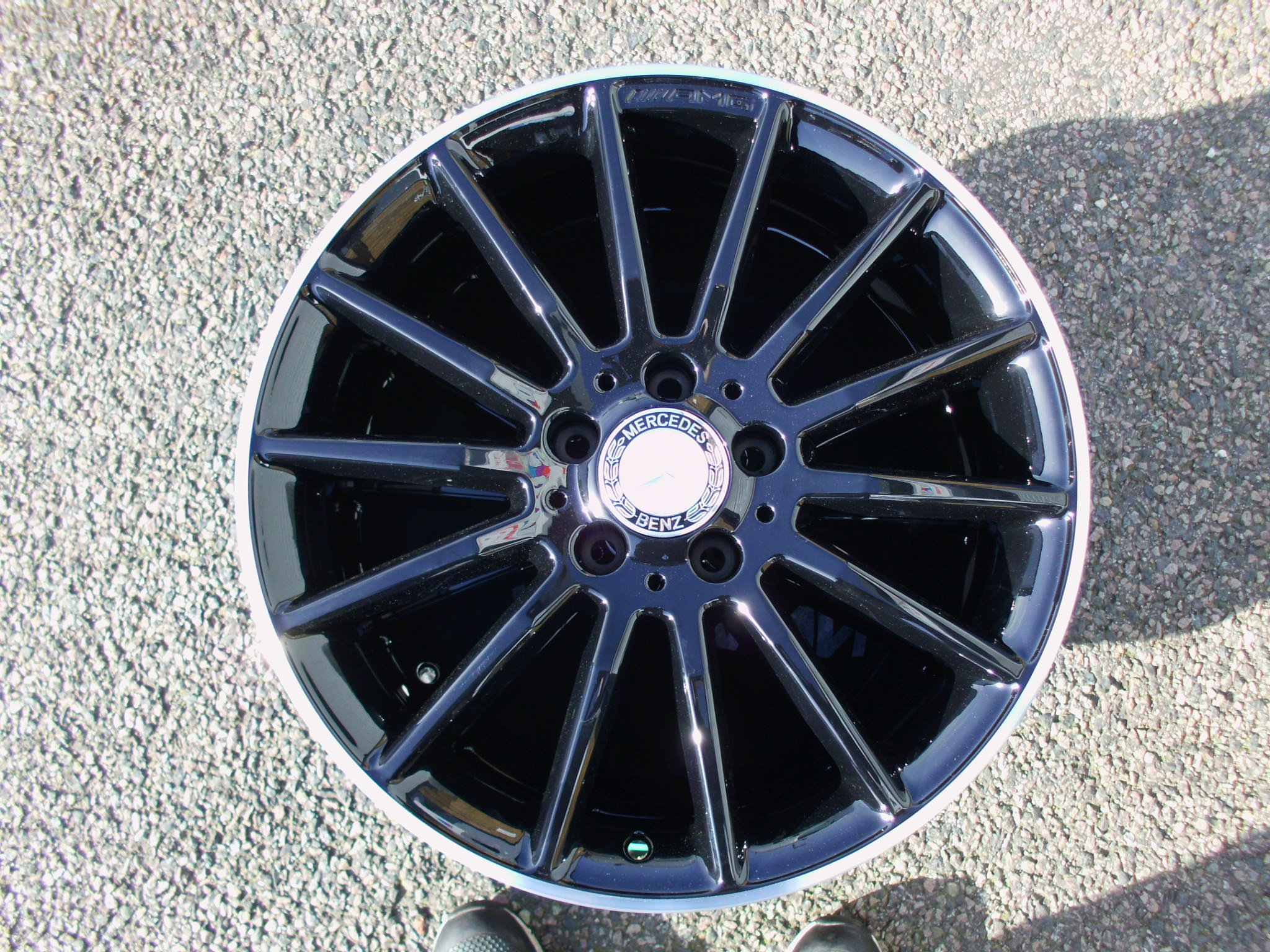 "USED 18"" GENUINE MERCEDES AMG MULTI SPOKE ALLOY WHEELS WITH GLOSS BLACK WITH POLISHED LIP"