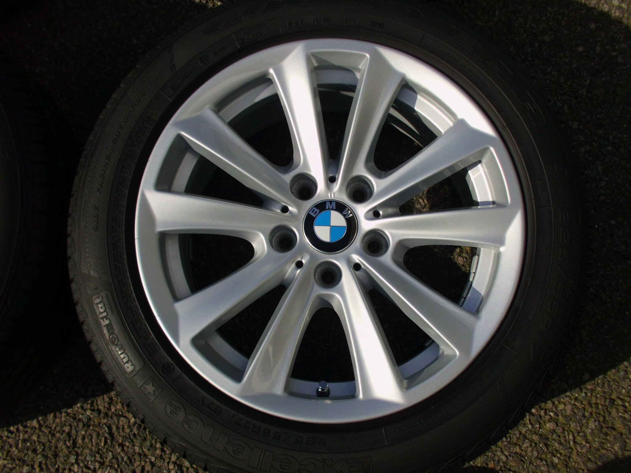 "USED 17"" GENUINE BMW STYLE 236 V SPOKE ALLOY WHEELS, FULLY REFURBED INC VG GOODYEAR RUNFLAT TYRES"