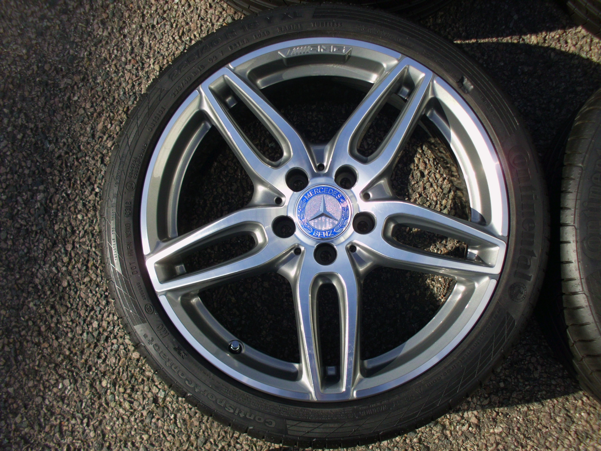 "USED 18"" GENUINE MERCEDES AMG 5 TWIN SPOKE ALLOYS,GUNMETAL/POLISHED,FULLY REFURBED INC VG CONTINENTAL TYRES"