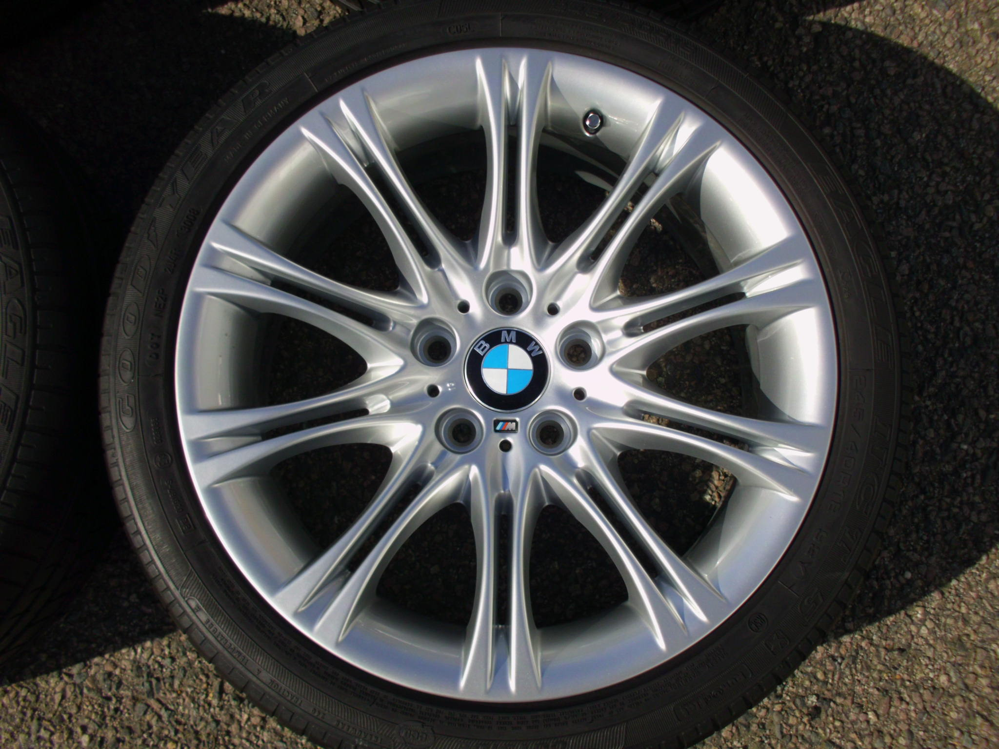 "USED 18"" GENUINE BMW STYLE 135 E60 M SPORT MV2 ALLOYS, FULLY REFURBED INC GOODYEAR RUNFLAT TYRES"