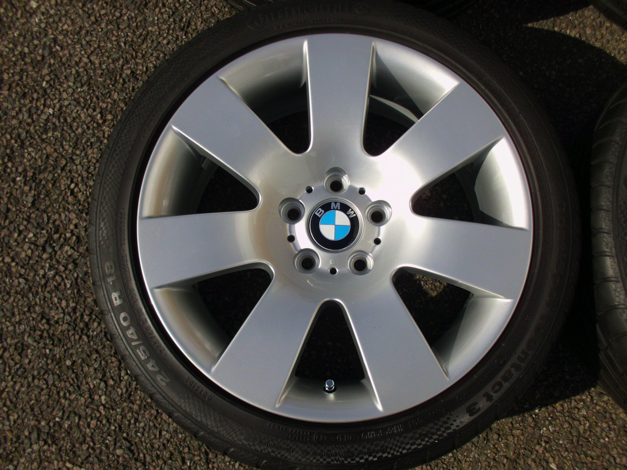 "USED 18"" GENUINE BMW STYLE 123 7 SPOKE E60 ALLOYS, FULLY REFURBED INC GOOD CONTINENTAL TYRES"