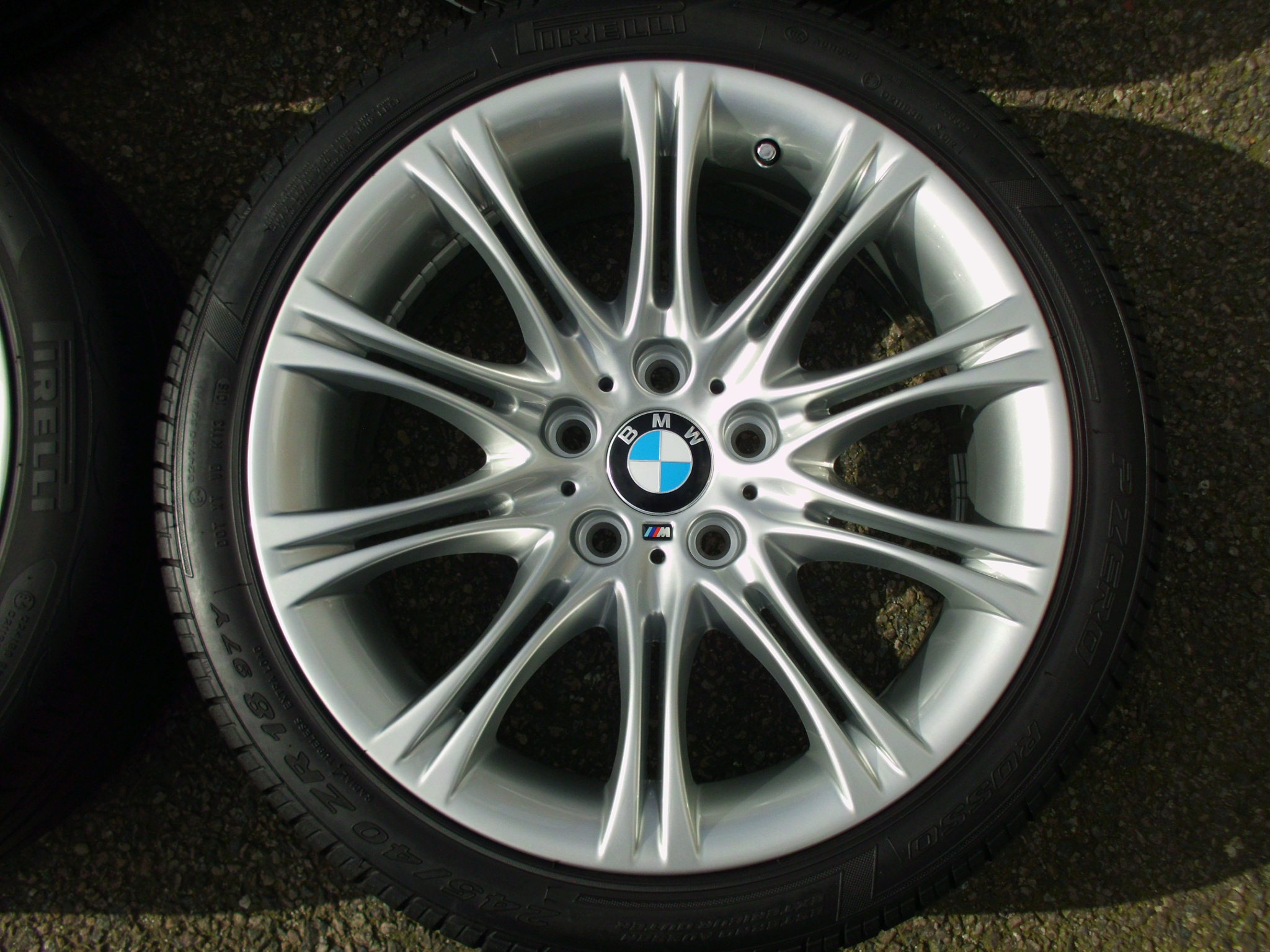 "USED 18"" GENUINE BMW STYLE 135 E60 M SPORT MV2 ALLOYS, FULLY REFURBED INC PIRELLI NON RUNFLAT TYRES"