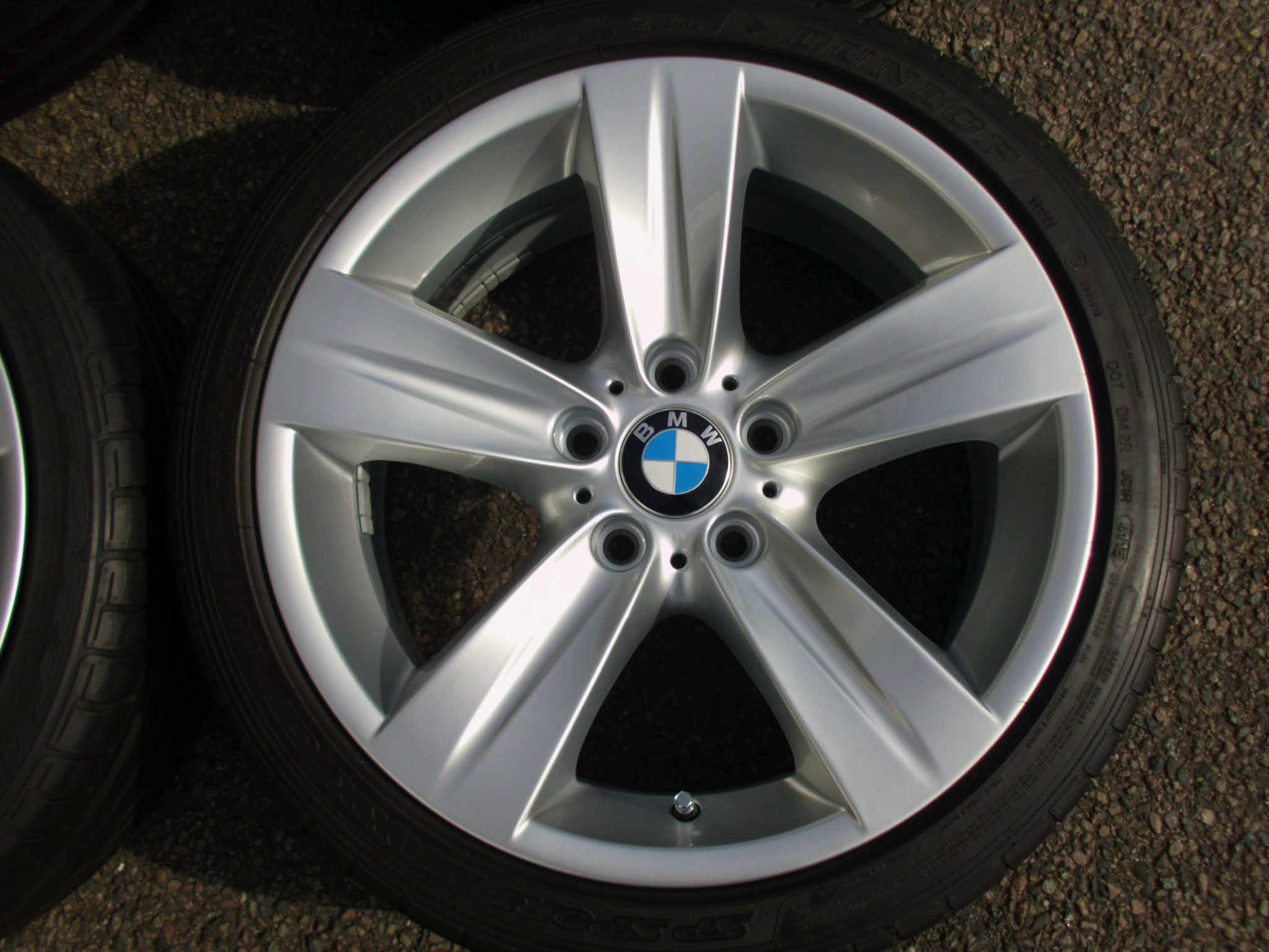"USED 18"" GENUINE STYLE 189 E92 5 SPOKES,FULLY REFURBED INC GOOD NON RUNFLATS"