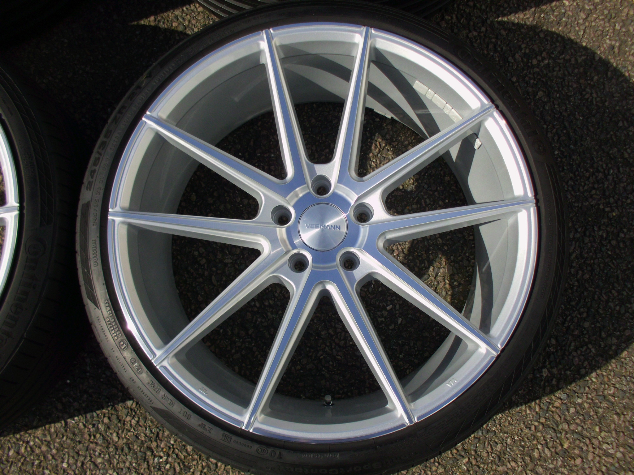 "NEW 21"" VEEMANN V-FS4 IN SILVER POL WITH DEEPER CONCAVE 10.5"" REARS INC GOOD DUNLOP / CONTINENTAL TYRES"