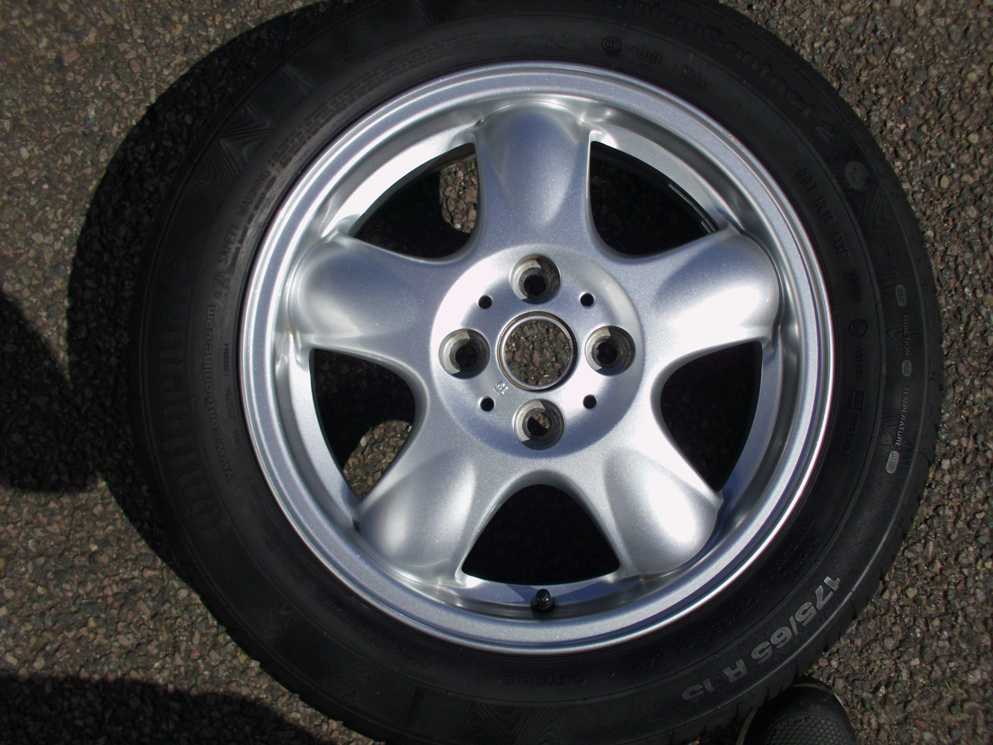 "USED SINGLE 15"" GENUINE MINI R100 5 SPOKE ALLOY WHEEL ,CLEAN INC VG CONTINENTAL 175/65/15 TYRE"