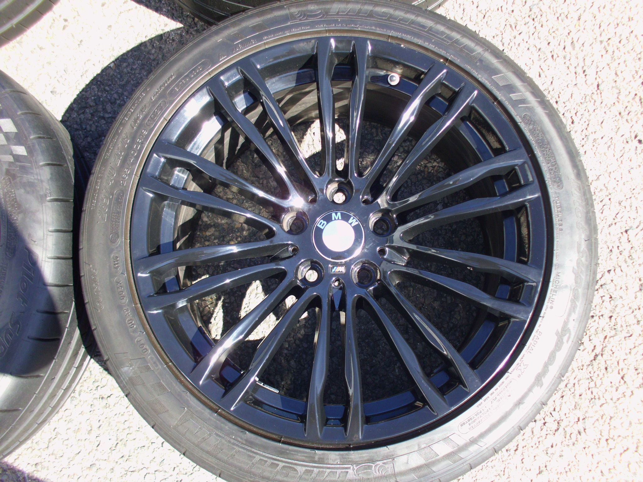 "USED 19"" GENUINE STYLE 345 M F10 M5 ALLOYS, CLEAN CONDITION WITH WIDE REAR INC VERY GOOD MICHELIN TYRES + TPMS"