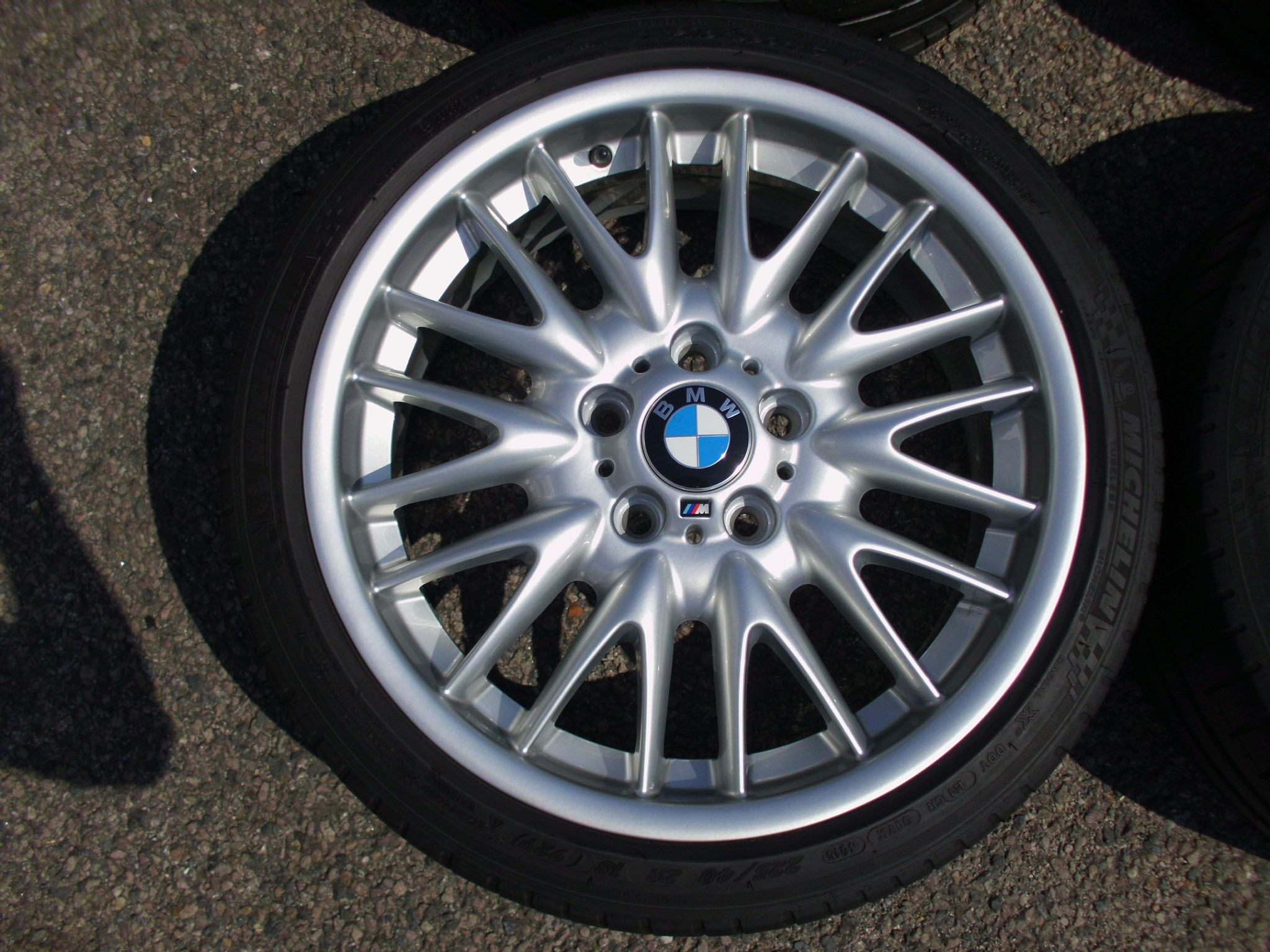 "USED 18"" GENUINE BMW STYLE 72 E46 MV SPORT ALLOY WHEELS, WIDE REAR,FULLY REFURBED INC TYRES"