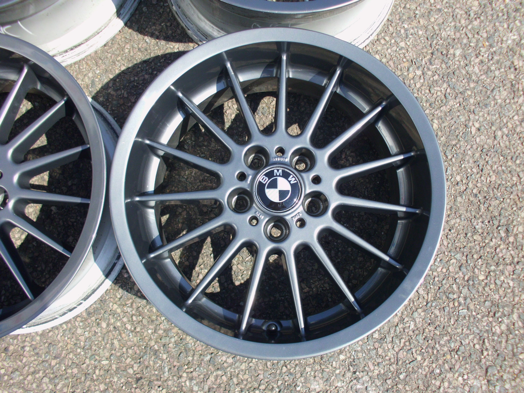 "USED 18"" GENUINE BMW STYLE 32 RADIAL DEEP DISH E38 ALLOYS, WIDE REARS, FACES RECENTLY PAINTED IN GUNMETAL"