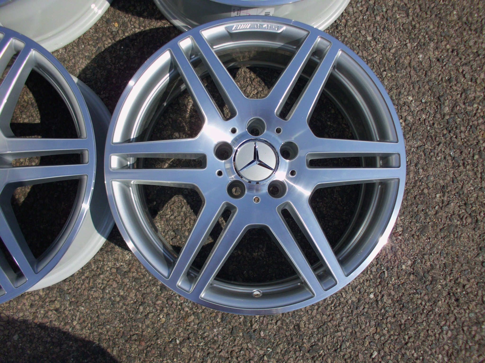 "USED 18"" GENUINE MERCEDES AMG STYLE IV DOUBLE SPOKE POLISHED ALLOYS, FULLY REFURBED, WIDE REAR"