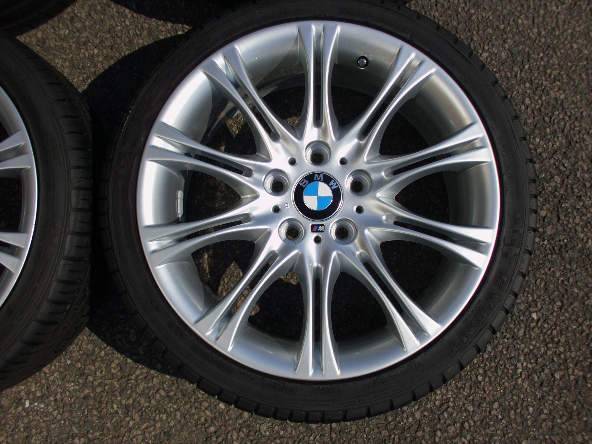 "USED 18"" GENUINE BMW STYLE 135 E46 MV2 SPORT ALLOY WHEELS,FULLY REFURBED,WIDE REAR INC VG TYRES"