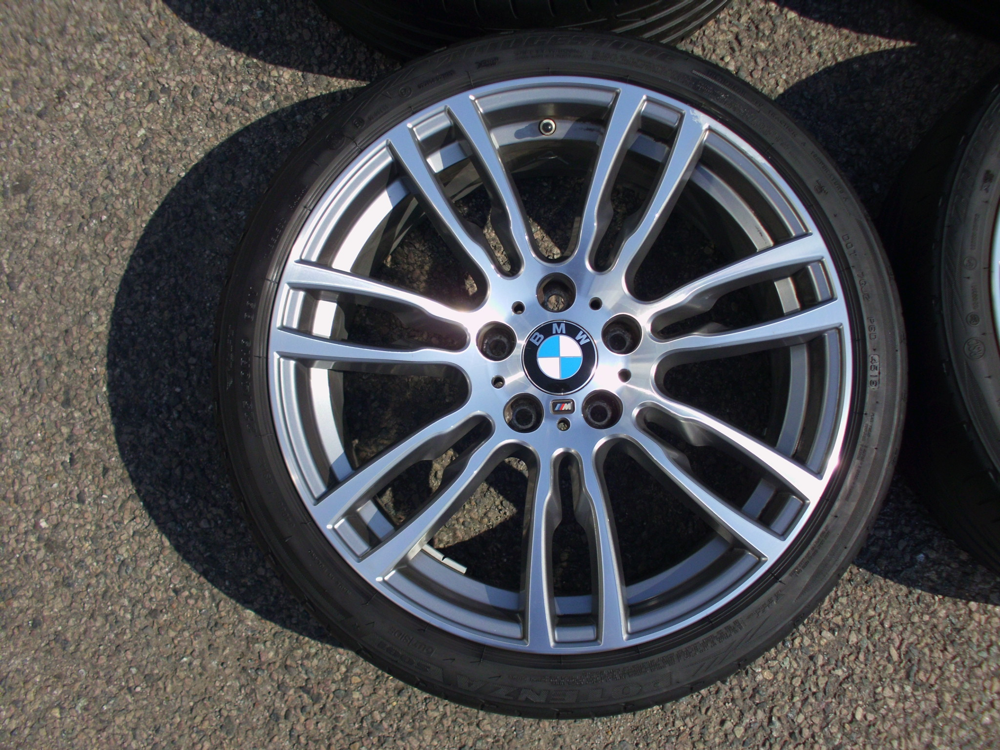 "USED 19"" GENUINE BMW STYLE 403 F30 M DOUBLE SPOKE ALLOY WHEELS , GOOD ORIGINAL CONDITION INC GOOD BRIDGESTONE RUNFLAT TYRES + TMPS"