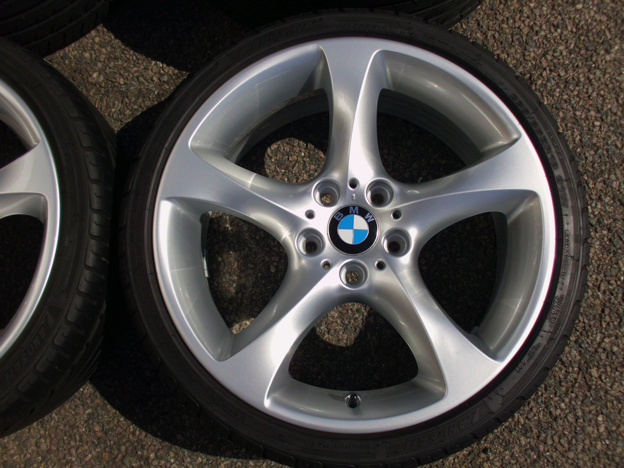 "USED 19"" GENUINE BMW STYLE 230 TWIST E92 ALLOYS,FULLY REFURBED,WIDE REAR INC NON RUNFLATS (NEW REARS)"