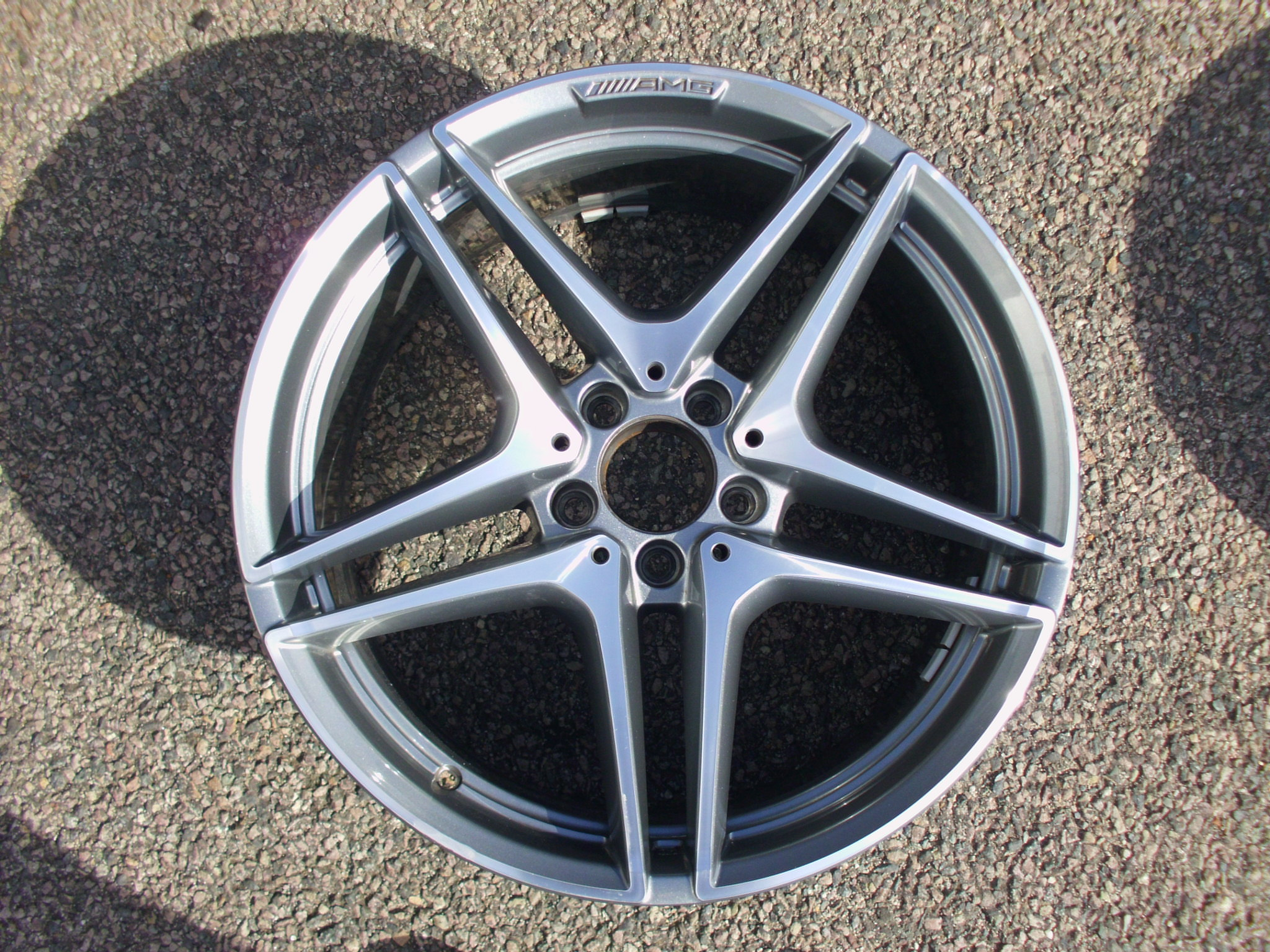 "USED SINGLE 19"" GENUINE MERCEDES W205 C63 AMG FRONT 5 TWIN SPOKE ALLOY WHEEL, IN GUNMETAL WITH POLISHED FACE"