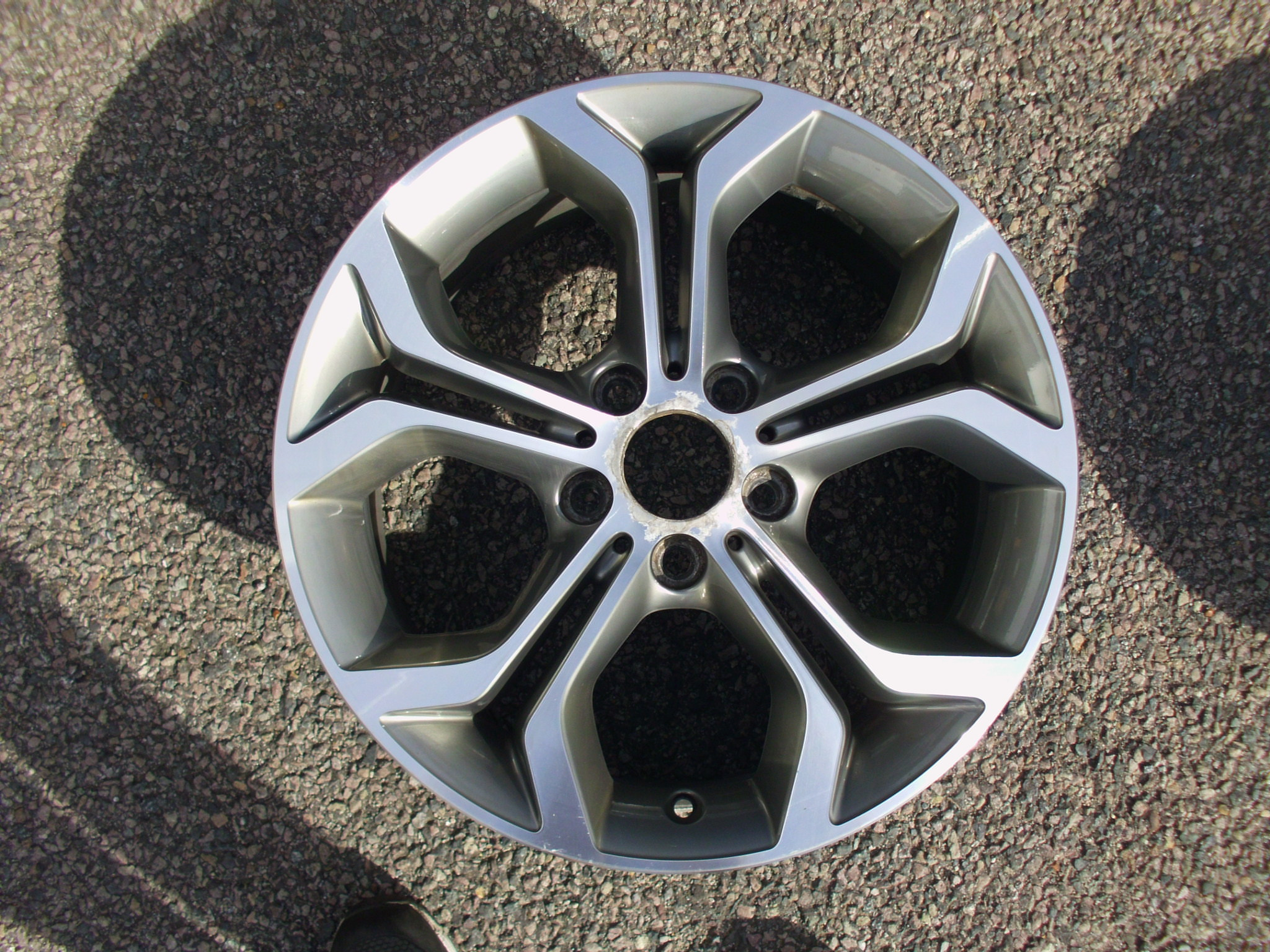 "USED SINGLE 18"" GENUINE BMW F25 X3 STYLE 607 ALLOY WHEEL,GOOD ORIGINAL CONDITION"