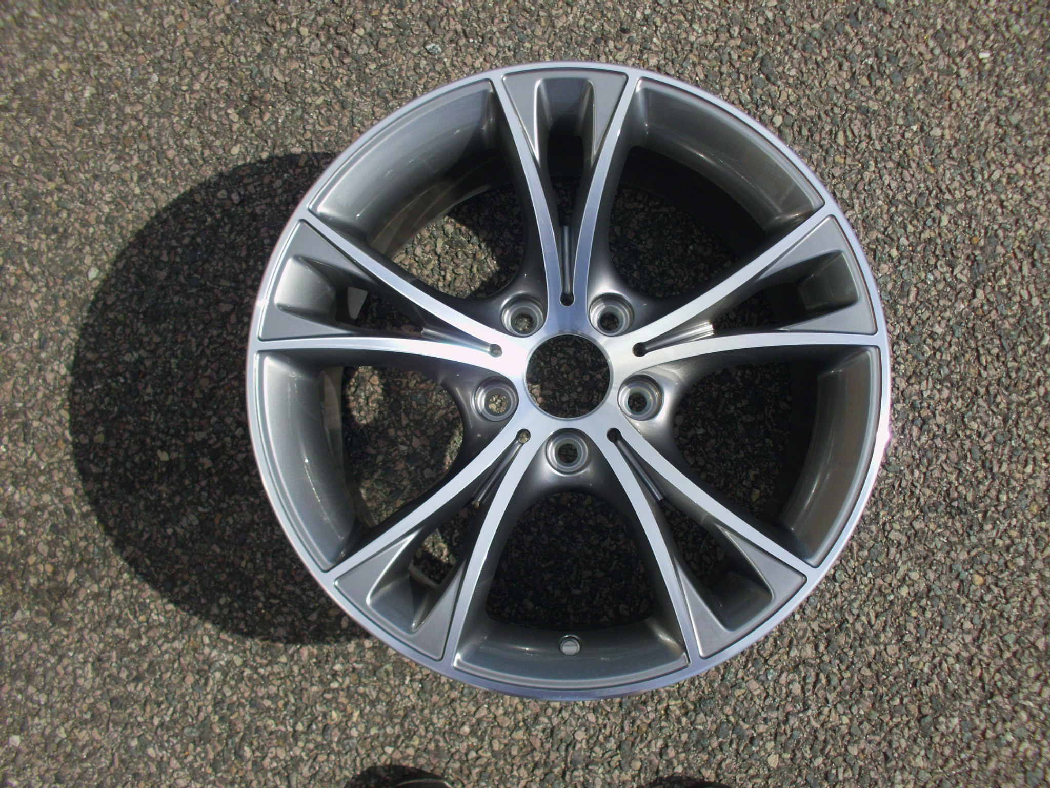 "NEW SINGLE 18"" GENUINE BMW E89 Z4 STYLE 515 REAR ALLOY WHEEL, NEW EX DISPLAY NEVER FITTED"