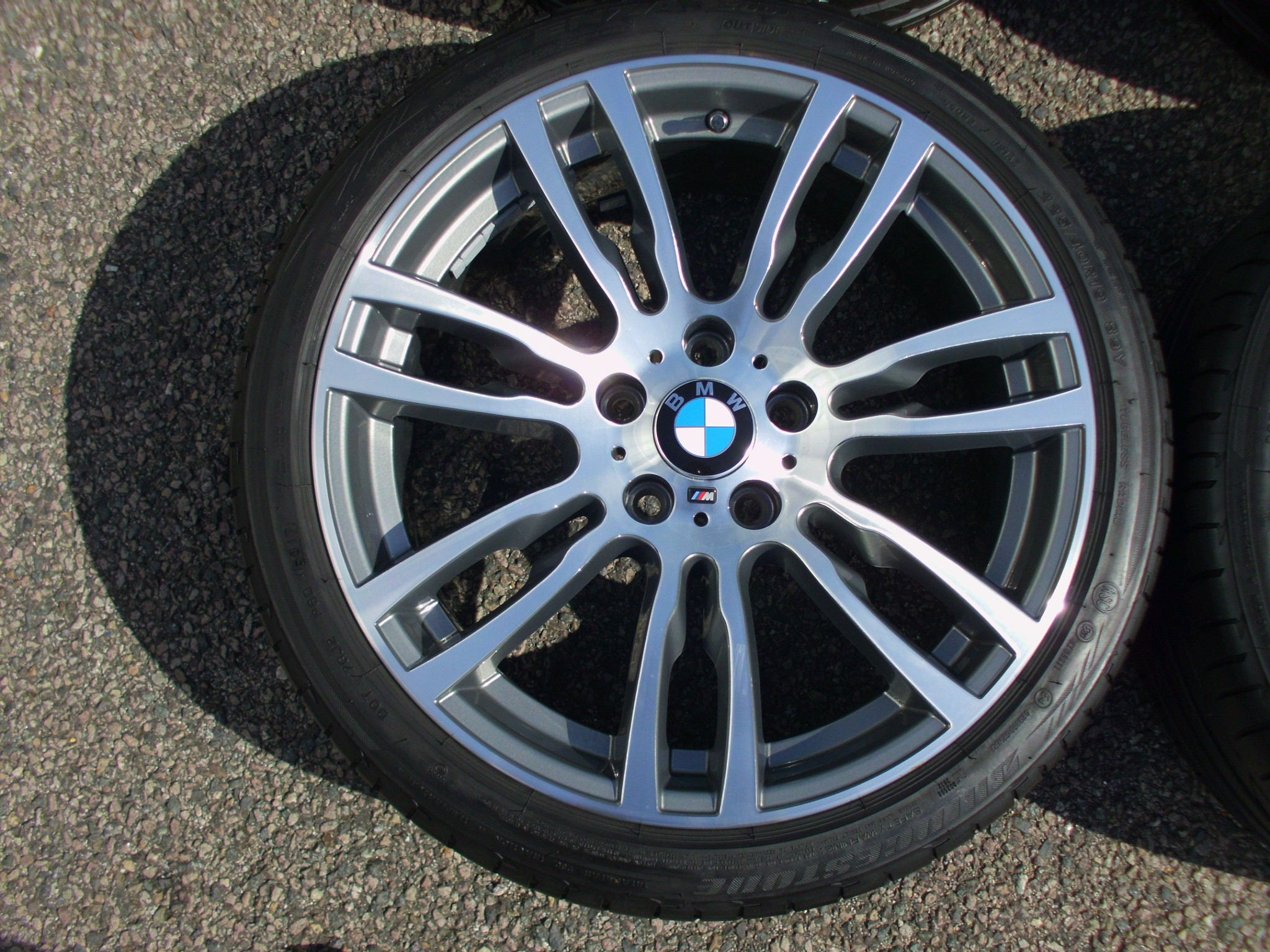 "USED 19"" GENUINE BMW STYLE 403 F30/31 M DOUBLE SPOKE ALLOYS WHEELS, FULLY REFURBED INC VG BRIDGESTONE RUNFLATS"