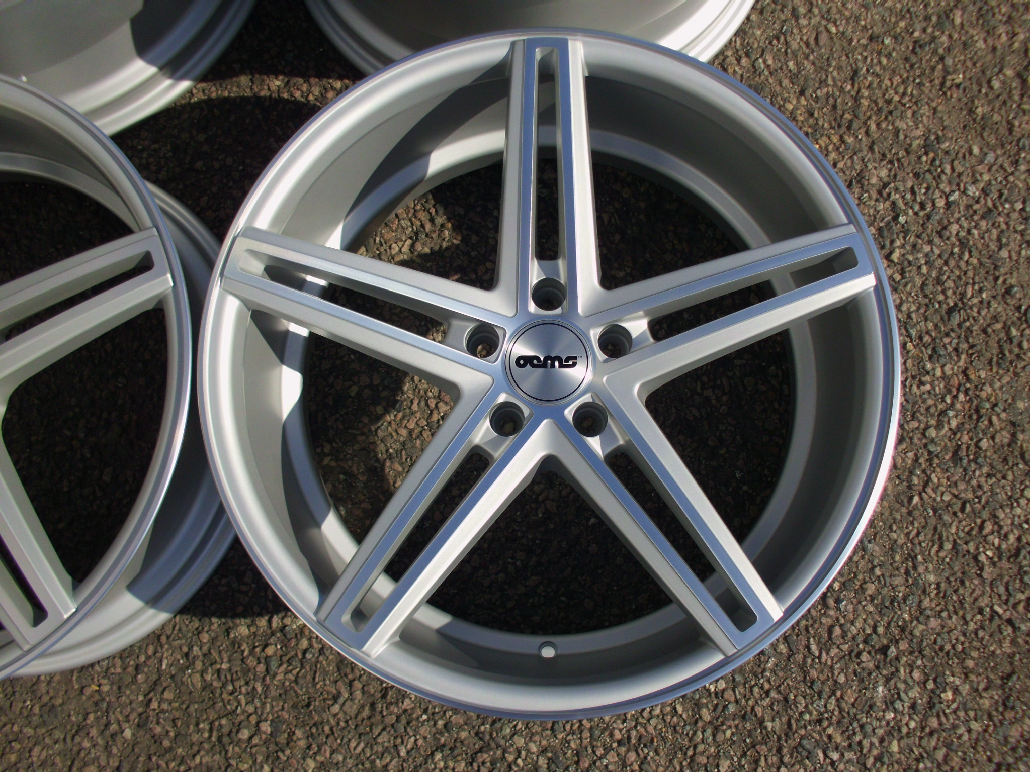 "NEW 20"" OEMS 120 DEEP CONCAVE ALLOYS IN HIGH GLOSS SILVER WITH POLISHED FACE, WIDER 10"" REAR"