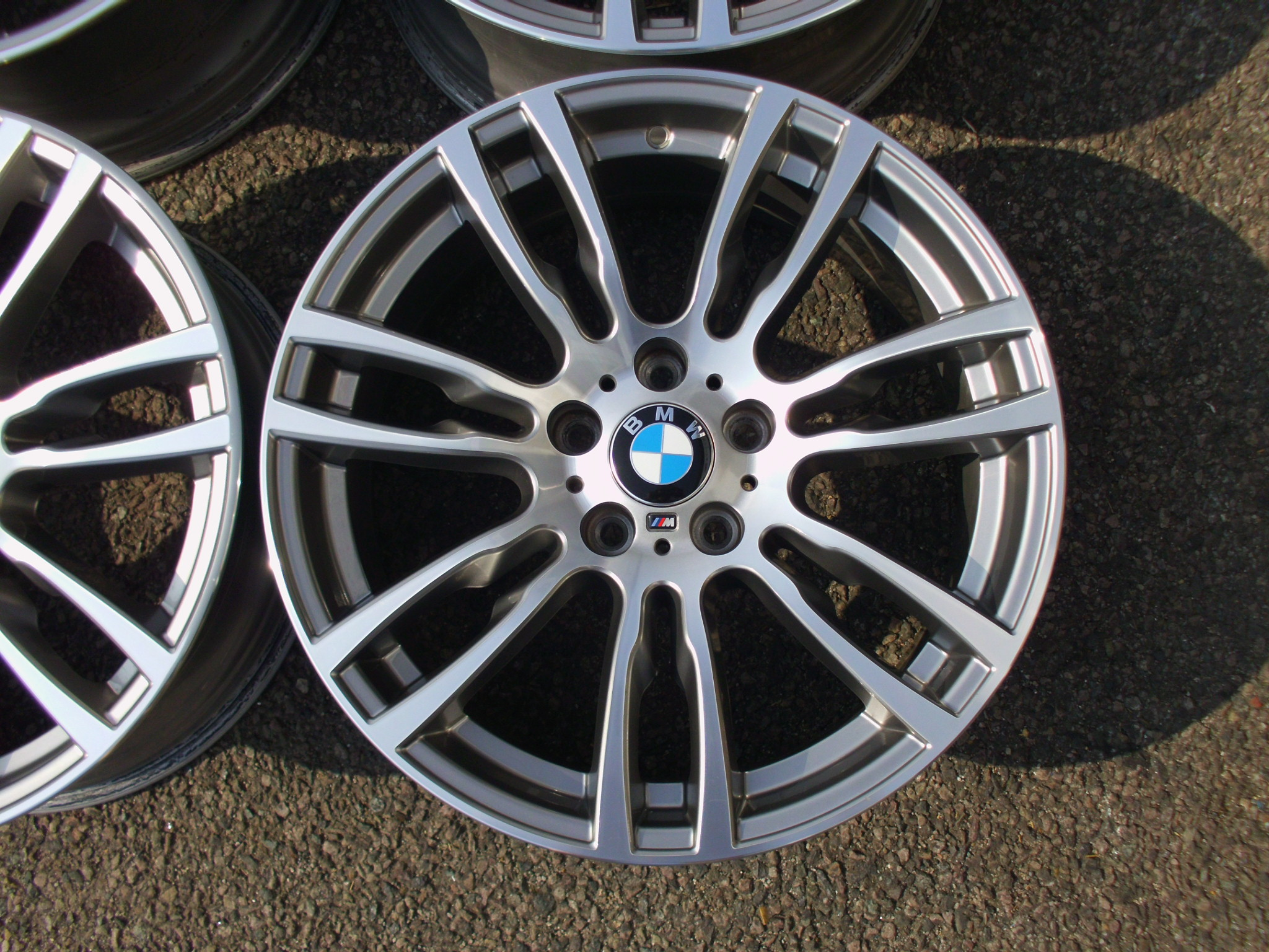 "USED 19"" GENUINE BMW STYLE 403 DOUBLE SPOKE F30 M SPORT ALLOY WHEELS, EXCELLENT CONDITION,WIDE REAR"