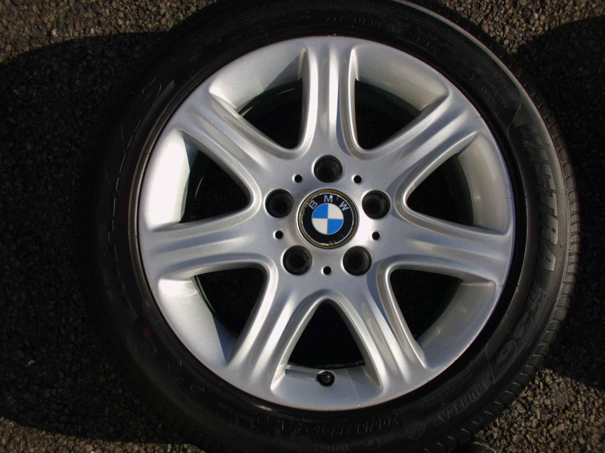 "USED SINGLE 16"" GENUINE BMW F20 STYLE 377 7 SPOKE ALLOY WHEEL ,VGC,INC VG 205/55/16 RUNFLAT TYRE"