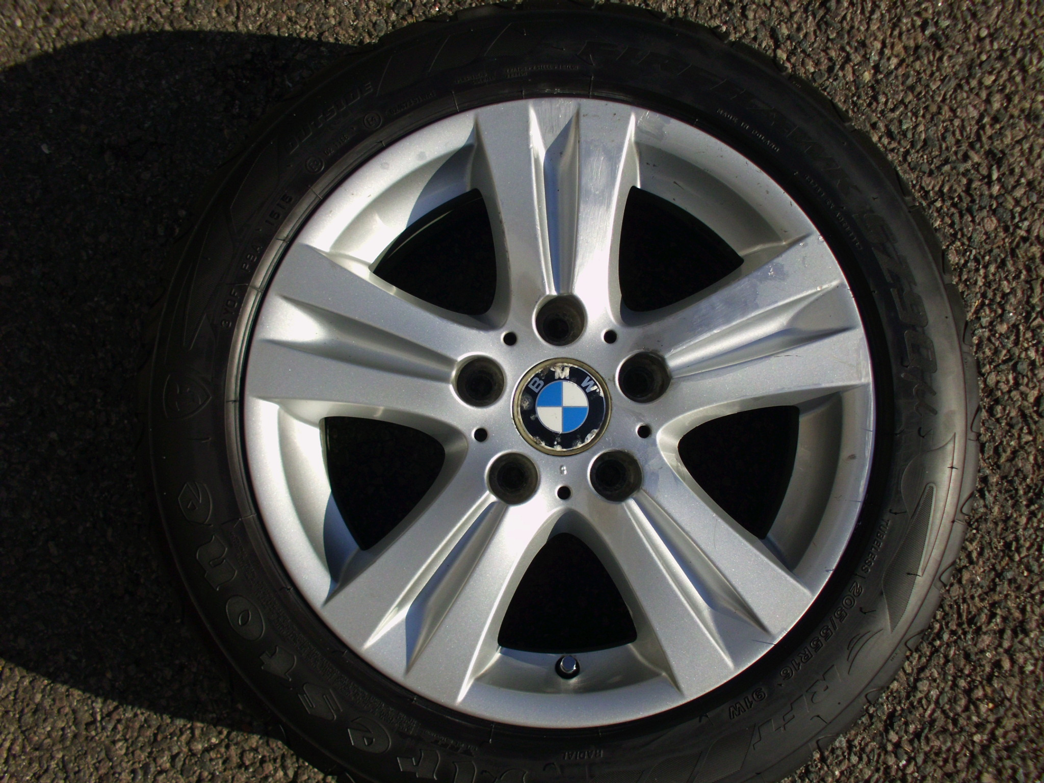 "USED SINGLE 16"" GENUINE BMW E87 STYLE 222 5 SPOKE ALLOY WHEEL ,VGC,INC VG 205/55/16 RUNFLAT TYRE"