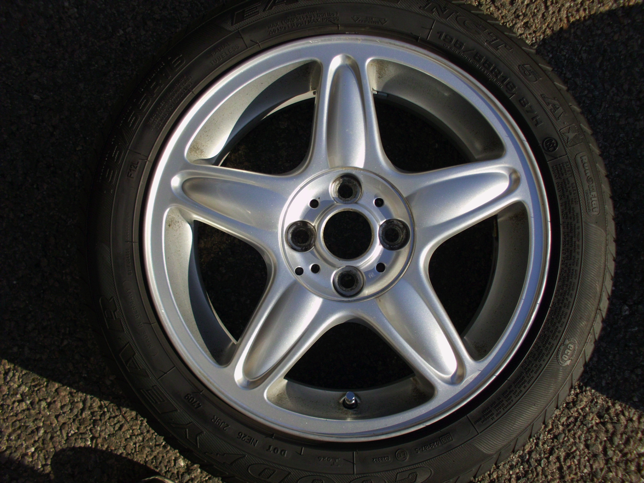 "USED SINGLE 16"" GENUINE MINI COOPER S R103 5 STAR ALLOY WHEEL, CLEAN INC GOODYEAR RUNFLAT TYRE"