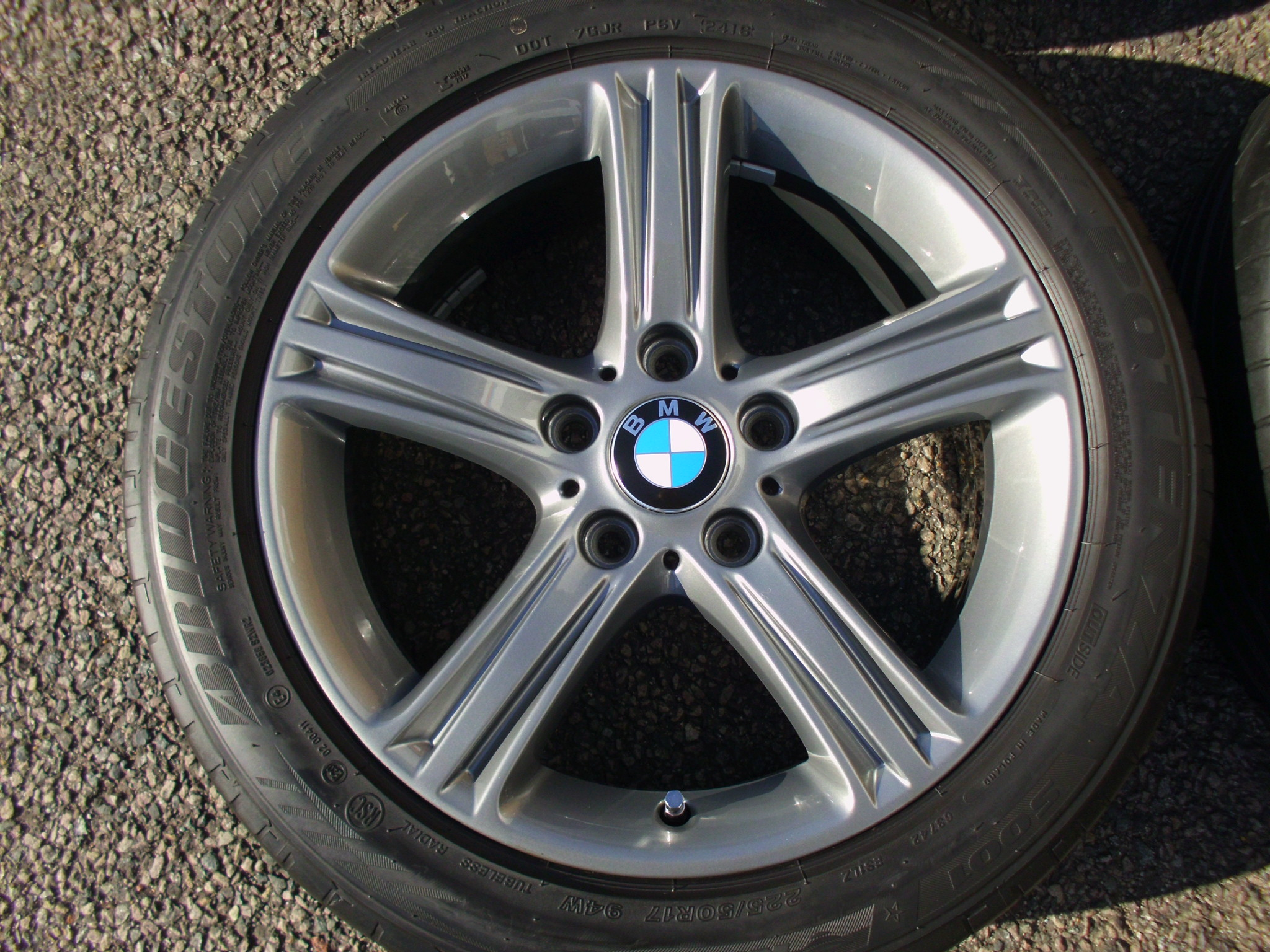 "USED 17"" GENUINE BMW STYLE 393 F30 5 SPOKE ALLOY WHEELS,FULLY REFURBED IN GUNMETAL, INC BRIDGESTONE RUNFLATS"