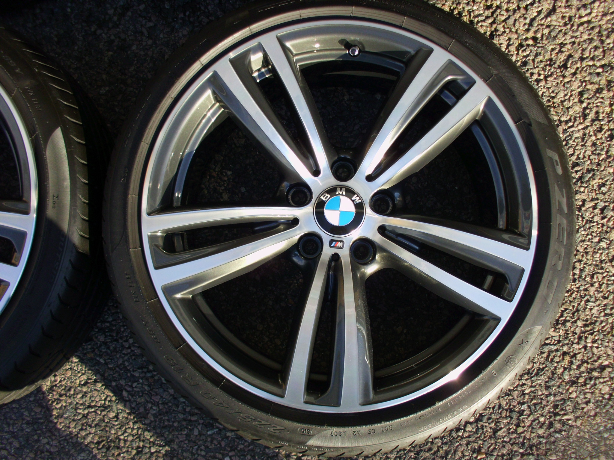 "USED 19"" GENUINE BMW STYLE 442 F30/31 M DOUBLE 5 SPOKE ALLOY WHEELS, FULLY REFURB INC VERY GOOD PIRELLI RUNFLATS"