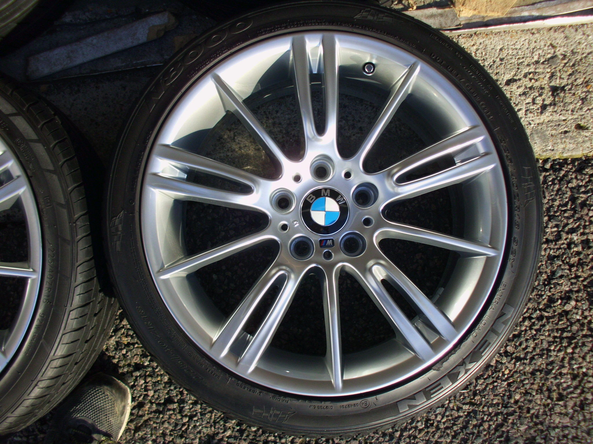 "USED 18"" GENUINE BMW STYLE 193 E9X MV3 SPORT ALLOY WHEELS,FULLY REFURBED,WIDE REAR INC GOOD NON RUNFLAT TYRES"