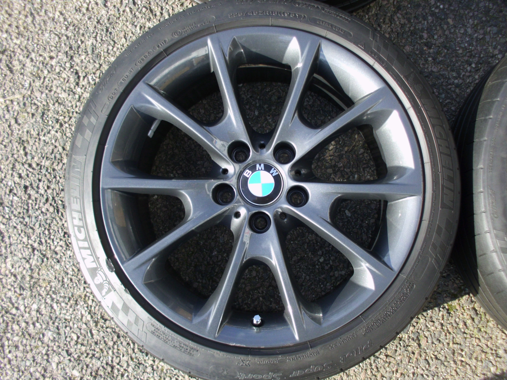 "USED 18"" GENUINE BMW STYLE 398 SPORT ALLOY WHEELS, ORBIT GREY, WIDER REARS,GOOD CONDITION, INC GOOD MICHELIN TYRES"