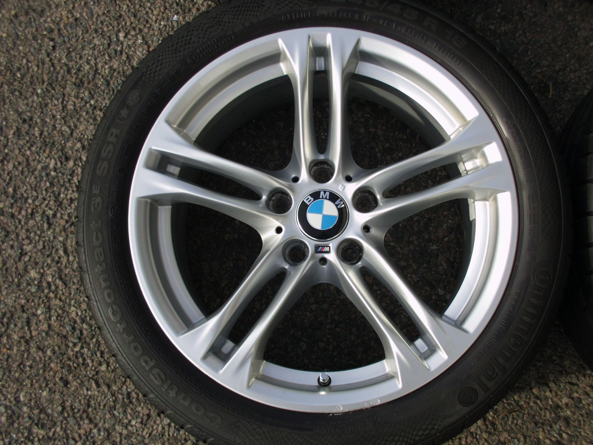"USED 18"" GENUINE BMW STYLE 613 M SPORT ALLOY WHEELS,WIDE REAR, VGC INC CONTINENTAL RUNFLAT TYRES"