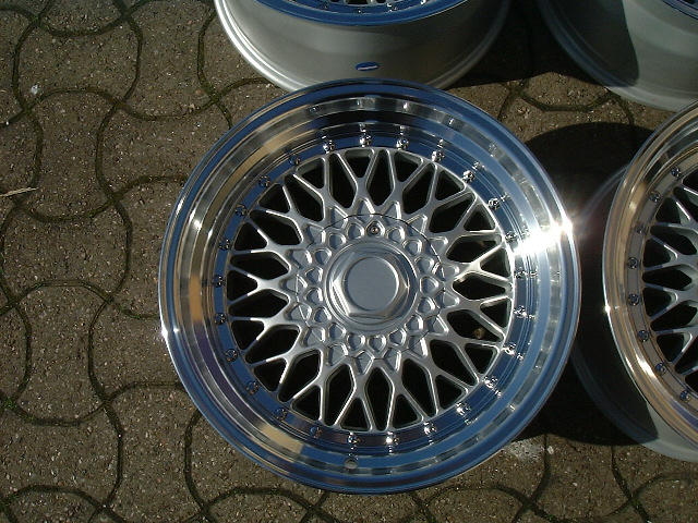 "NEW 17""  DARE RS ALLOY WHEELS IN SILVER WITH CHROME RIVETS, VERY DEEP DISH 10"" REARS et20/15"