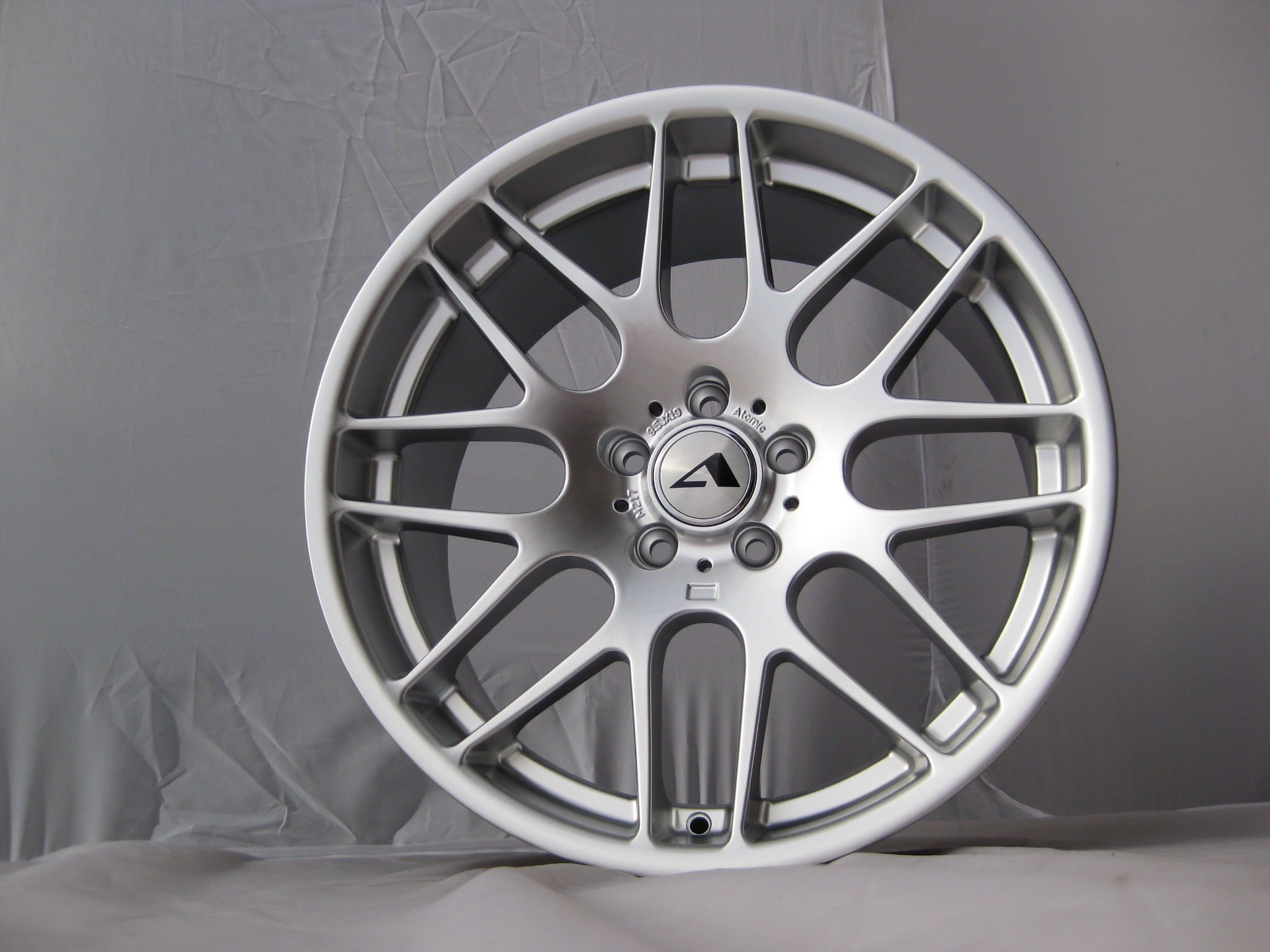 "NEW 19"" ATOMIC CS Y SPOKE ALLOY WHEELS IN HYPER SILVER WITH DEEP CONCAVE, 9.5"" et38 ALL ROUND"